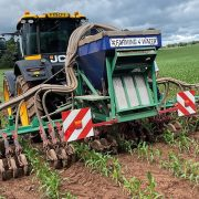 Big benefits from protecting watercourses by under-sowing maize